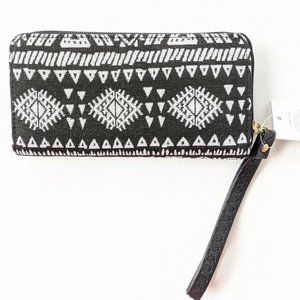 Women's Wallet/Wristlet With Tribal Print